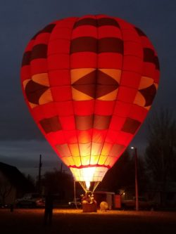 Reed Park balloon glow